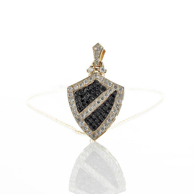 ダイヤモンド入りブラックダイヤモンドのゴールドペンダント2