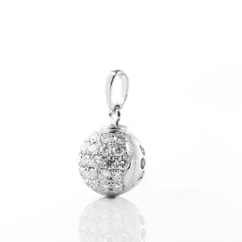 ダイヤモンドのネックレス 02