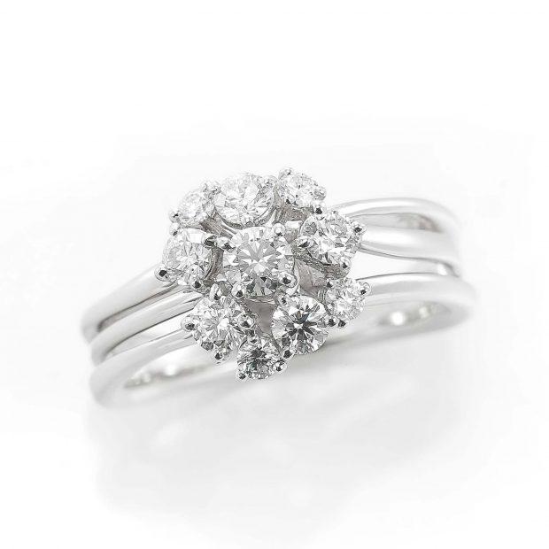 ラザールダイヤモンドのリング 04