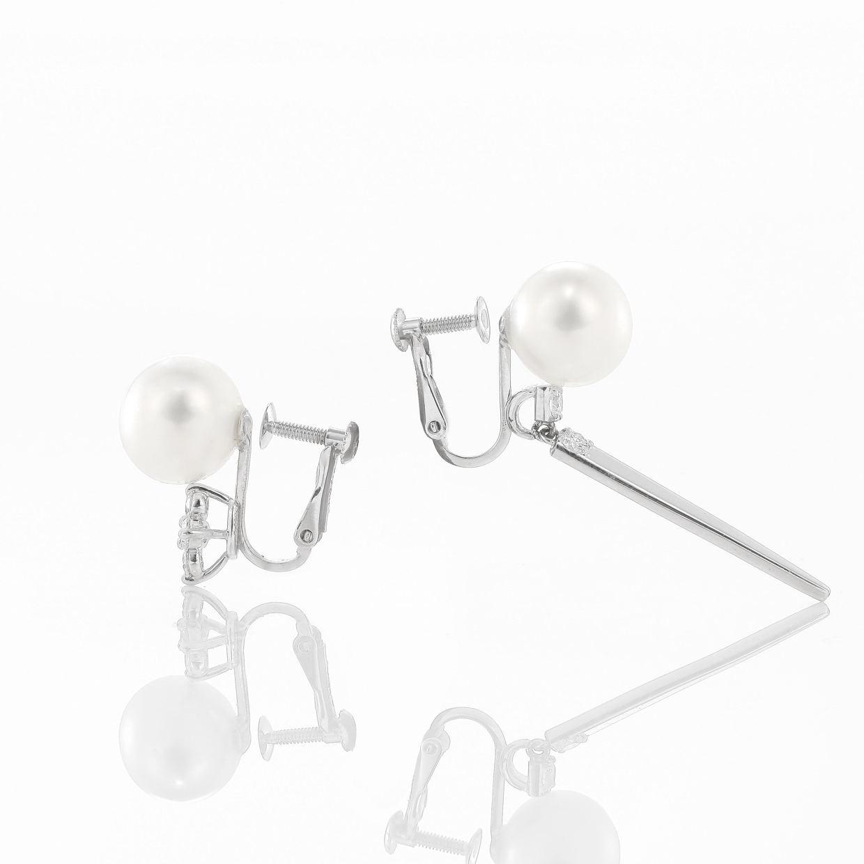 アコヤ真珠とダイヤモンドのイヤリング 02