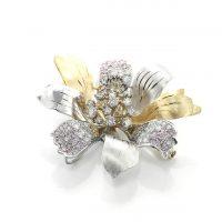 ダイヤモンドのブローチ 01