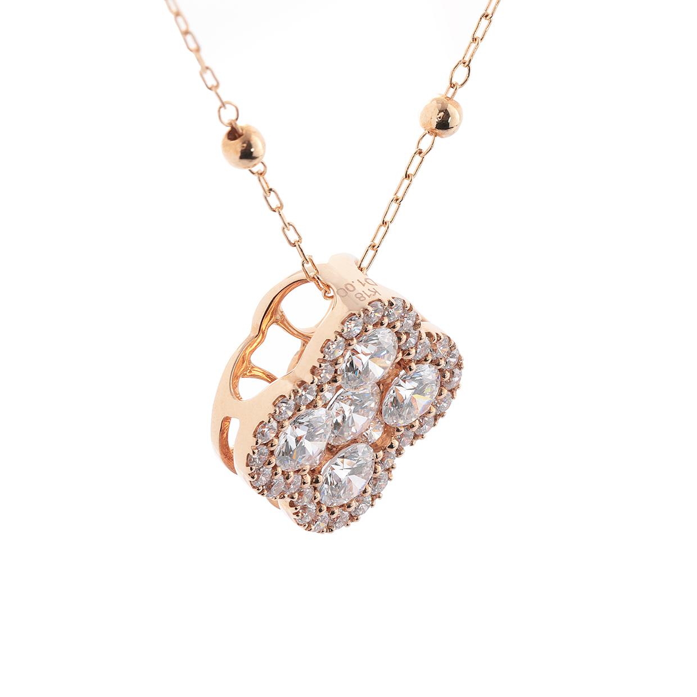 ダイヤモンドのネックレス 01