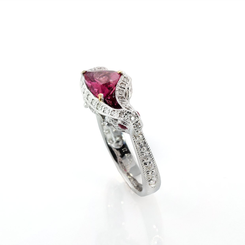 ピンクトルマリンのリング 01