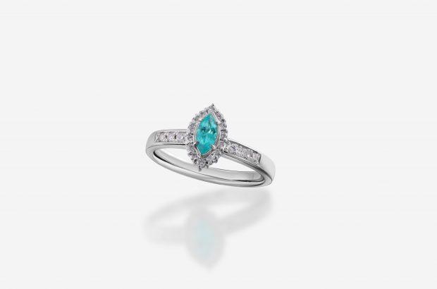 パライバトルマリンの婚約指輪